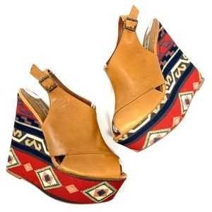 Steve Madden Elissaa Aztec Wedge Platform Sandals